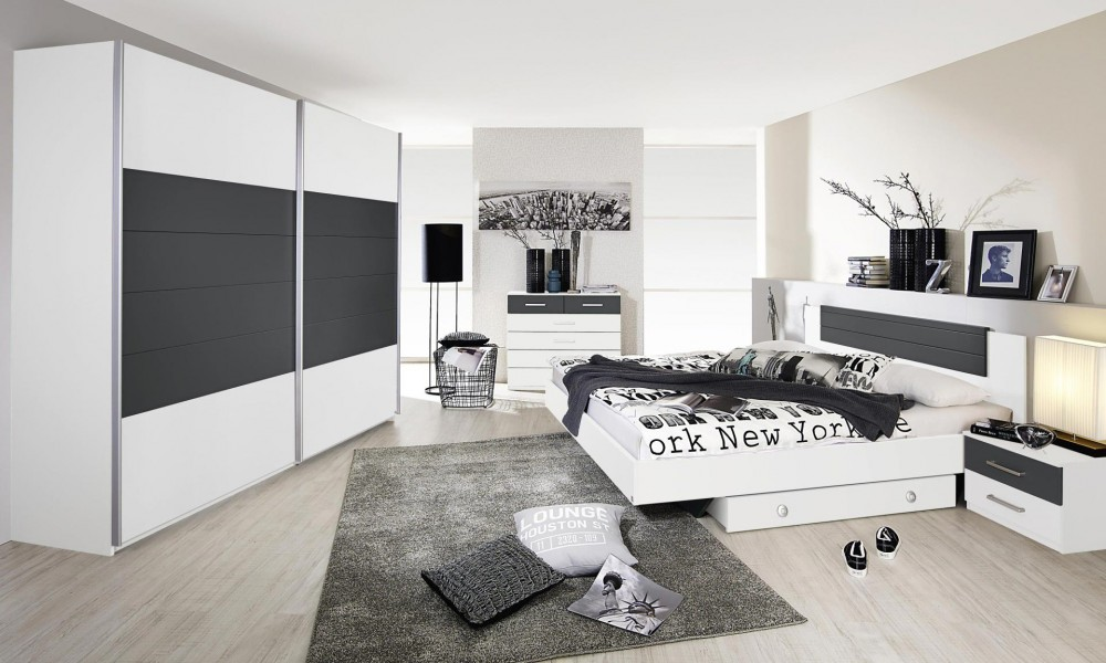 l 39 clairage dans une chambre coucher. Black Bedroom Furniture Sets. Home Design Ideas