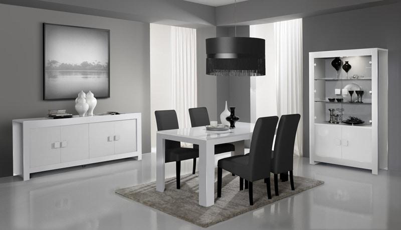 une-salle-a-manger-black-n-white