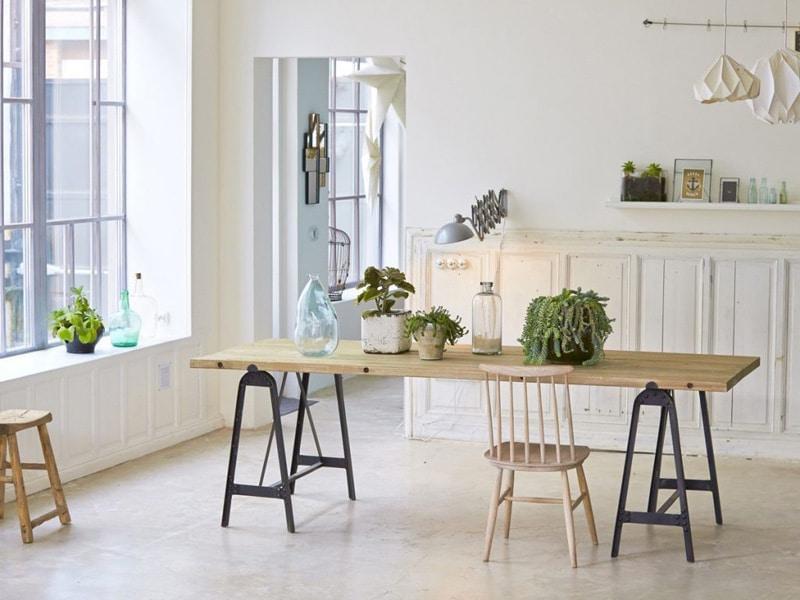 grande-table-de-repas-bois-pieds-noirs-deco-boheme-scandinave-1024x768