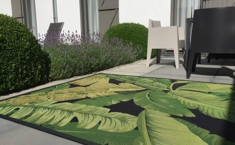adoptez un tapis d'extérieur pour l'été