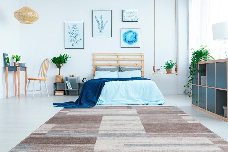 le tapis de chambre est déco et confortable