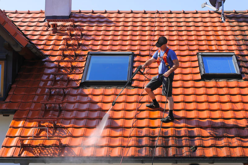 Faire rénover sa toiture au meilleur prix
